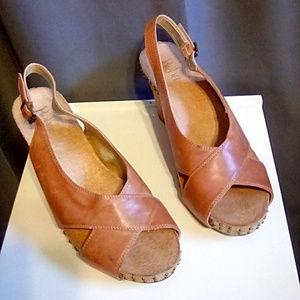 Reba Size 9 wedge leather heels, rust slingbacks